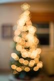 ψαλιδίζοντας τα ελάφια διακοσμήσεων που απομονώνονται κόκκινα Χριστούγεννα μονοπατιών Στοκ εικόνα με δικαίωμα ελεύθερης χρήσης