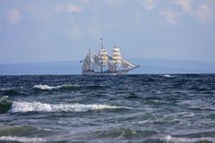 Ψηλό σκάφος Στοκ εικόνα με δικαίωμα ελεύθερης χρήσης