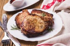 Ψημένα κομμάτια του χοιρινού κρέατος Στοκ Εικόνα