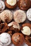 Ψημένα σπιτικά muffins Στοκ εικόνες με δικαίωμα ελεύθερης χρήσης