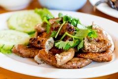 Ψημένα στη σχάρα chitterlings χοιρινού κρέατος Στοκ Φωτογραφία