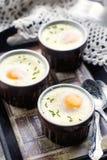 Ψημένα Shirred αυγά για το πρόγευμα Στοκ φωτογραφία με δικαίωμα ελεύθερης χρήσης