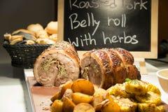 Ψημένη κοιλιά χοιρινού κρέατος με τα καρυκεύματα Αγροτικό ύφος στοκ φωτογραφία με δικαίωμα ελεύθερης χρήσης