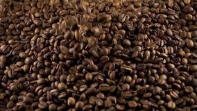 Ψημένη μορφή καφέ και καρδιών φιλμ μικρού μήκους