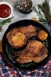 Ψημένη μπριζόλα μπριζολών χοιρινού κρέατος Στοκ φωτογραφίες με δικαίωμα ελεύθερης χρήσης