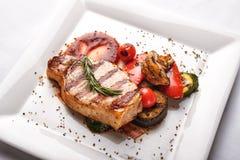 Ψημένη στη σχάρα οσφυϊκή χώρα χοιρινού κρέατος Στοκ φωτογραφίες με δικαίωμα ελεύθερης χρήσης
