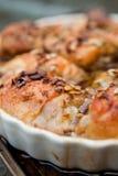 Ψημένο κοτόπουλο με τον ηλίανθο και τα graines και το μέλι κολοκύθας Στοκ φωτογραφία με δικαίωμα ελεύθερης χρήσης