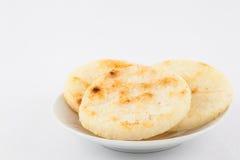 Ψημένο παραδοσιακό κολομβιανό arepa καλαμποκιού Στοκ φωτογραφία με δικαίωμα ελεύθερης χρήσης