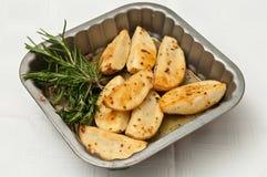 ψημένο πατάτες δεντρολίβα Στοκ φωτογραφίες με δικαίωμα ελεύθερης χρήσης