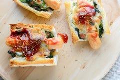 Ψημένο σπανάκι με το τυρί στοκ εικόνες