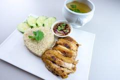 Ψημένο στη σχάρα κοτόπουλο με το ρύζι Στοκ φωτογραφίες με δικαίωμα ελεύθερης χρήσης