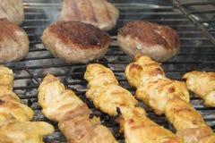 ψημένο στη σχάρα κοτόπουλο κρέας στοκ φωτογραφίες