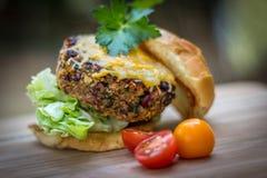 Ψημένο στη σχάρα χορτοφάγο Burger Στοκ φωτογραφία με δικαίωμα ελεύθερης χρήσης