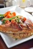 ψημένο στη σχάρα ψάρια tilapia στοκ εικόνες με δικαίωμα ελεύθερης χρήσης