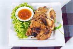 Ψημένο στη σχάρα BBQ κοτόπουλο με τα ταϊλανδικά χορτάρια Στοκ Εικόνες