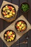 Ψημένο Casserole πατατών, κολοκυθιών, μελιτζάνας και ντοματών Στοκ εικόνα με δικαίωμα ελεύθερης χρήσης