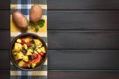 Ψημένο Casserole πατατών, κολοκυθιών, μελιτζάνας και ντοματών Στοκ φωτογραφία με δικαίωμα ελεύθερης χρήσης