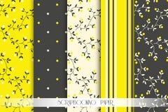 Ψηφιακά έγγραφα λευκώματος αποκομμάτων floral πρότυπο καρδιών λουλουδιών απελευθέρωσης πεταλούδων κίτρινο Στοκ εικόνες με δικαίωμα ελεύθερης χρήσης