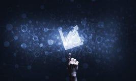 Ψηφιακά εικονίδιο και άτομο διαγραμμάτων σχετικά με το με το δάχτυλό του Στοκ εικόνες με δικαίωμα ελεύθερης χρήσης