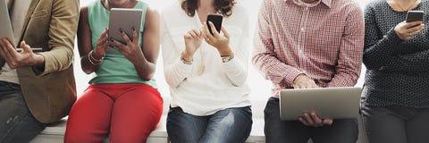 Ψηφιακή έννοια τεχνολογίας δικτύωσης συσκευών σύνδεσης Στοκ Φωτογραφίες