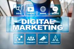 Ψηφιακή έννοια τεχνολογίας μάρκετινγκ Διαδίκτυο On-line SEO SMM _ Στοκ φωτογραφία με δικαίωμα ελεύθερης χρήσης