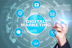 Ψηφιακή έννοια τεχνολογίας μάρκετινγκ Διαδίκτυο On-line SEO SMM _ Στοκ Εικόνα