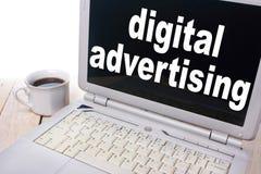 Ψηφιακή διαφήμιση, κινητήρια έννοια αποσπασμάτων λέξεων επιχειρησιακού μάρκετινγκ στοκ φωτογραφίες με δικαίωμα ελεύθερης χρήσης
