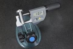 Ψηφιακή μέτρηση μικρόμετρου ένας άξονας στοκ φωτογραφία με δικαίωμα ελεύθερης χρήσης