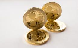 Ψηφιακός crypto κυματισμός νομισμάτων νομίσματος χρυσός xrp στοκ φωτογραφία