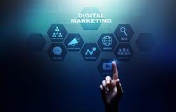 Ψηφιακό μάρκετινγκ, on-line διαφήμιση, SEO, SEM, SMM Επιχείρηση και έννοια Διαδικτύου στοκ εικόνες με δικαίωμα ελεύθερης χρήσης