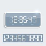 Ψηφιακό ρολόι με τη λαμπρή πλαστική επιτροπή Στοκ φωτογραφίες με δικαίωμα ελεύθερης χρήσης