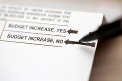 Ψηφοφορία αριθ. για μια αύξηση προϋπολογισμών Στοκ Εικόνες