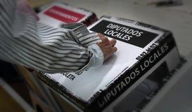 Ψηφοφορίες ανθρώπων στις μεξικάνικες εκλογές Στοκ φωτογραφίες με δικαίωμα ελεύθερης χρήσης