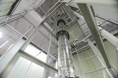 Ψηλή στήλη εξαγωγής στο εργαστήριο Στοκ Εικόνα