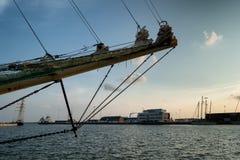 Ψηλή φυλή σκαφών στο λιμάνι Esbjerg, Στοκ Φωτογραφίες