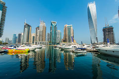 Ψηλοί ουρανοξύστες μαρινών του Ντουμπάι Στοκ Εικόνες
