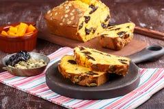 Ψωμί δαμάσκηνων κολοκύθας στοκ εικόνα με δικαίωμα ελεύθερης χρήσης