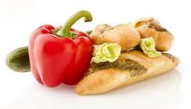 Ψωμί και λαχανικά Στοκ φωτογραφία με δικαίωμα ελεύθερης χρήσης