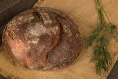 Ψωμί και πράσινα στοκ εικόνες