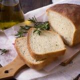 Ψωμί με το ελαιόλαδο δεντρολιβάνου και Στοκ φωτογραφίες με δικαίωμα ελεύθερης χρήσης
