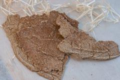 Ψωμί με το σκόρδο κροτίδων σκόρδου στοκ εικόνα