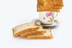 Ψωμί με το φλυτζάνι στοκ φωτογραφία με δικαίωμα ελεύθερης χρήσης