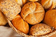 Ψωμί στο καλάθι Στοκ Εικόνες