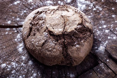 Ψωμί στο ξύλο Στοκ Εικόνες