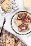 Ψωμί Baguette με το μπλε τυρί Στοκ Φωτογραφία
