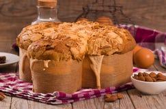 Ψωμί Colomba Pasquale περιστεριών Πάσχας Στοκ φωτογραφίες με δικαίωμα ελεύθερης χρήσης
