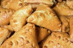 Ψωμί Croissant στη γραμμή μπουφέδων Στοκ Φωτογραφία