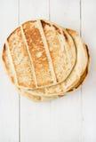 Ψωμί Pita στο wight woodan στοκ εικόνες