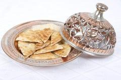 ψωμιών pita που εξυπηρετείτα&i στοκ φωτογραφία