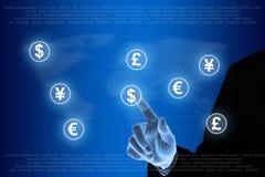 Ωθώντας δίκτυο νομίσματος χεριών Στοκ Εικόνες